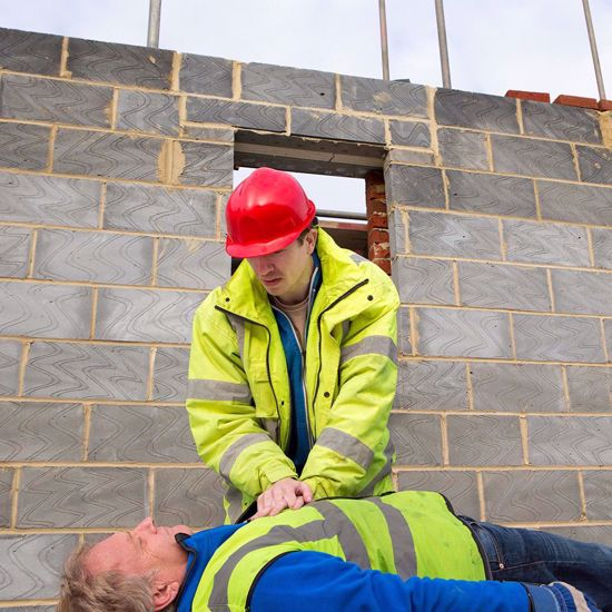 Emergency First Aid at Work (RQF)